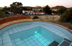 Bokpost heated pool